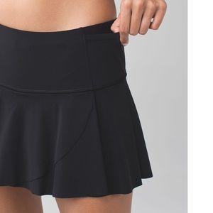 Lululemon Hit Your Stride Skirt in Black